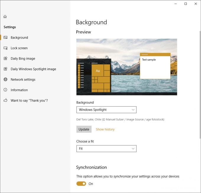 Windows10のデスクトップ背景にBingやWindows Spotlightのキレイな写真を設定する方法