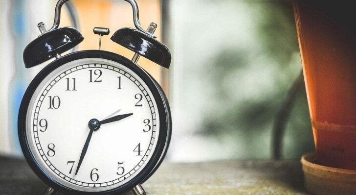 Windows10で時刻を調整する(時刻同期)方法